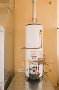 Årsagerne til en varmtvandsbeholder overtryksventil at frigive vand