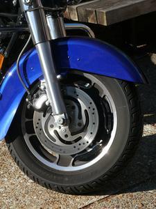 Hvor ofte skal jeg skifte hjullejer på en Harley-Davidson?