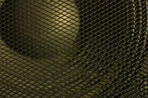 Hvordan du udskifter højttalere i en Volvo S60