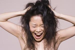 Frisurer til tørt kruset hår