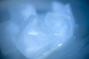 Fordele og ulemper ved frostfri frysere