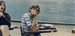 Hvor kan jeg finde en liste over kostskoler for urolige teenageårene?