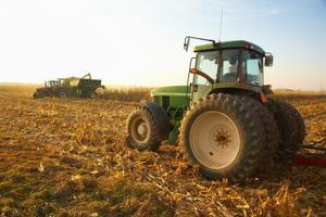 John Deere 4300 Tractor Specs