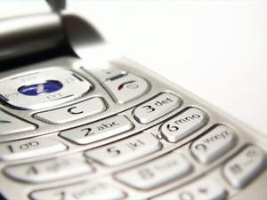 Hvordan finder en tabt mobiltelefon i dit hus