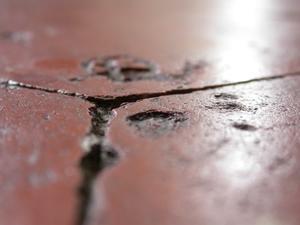Sådan fjernes Salt pletter fra Terra Cotta Tile