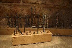 Sådan fjernes rust fra borehoveder værktøjer