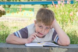 Hvordan man skriver en overbevisende Essay for Kids