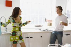 Sådan stoppe med at være en kontrol freak i et forhold