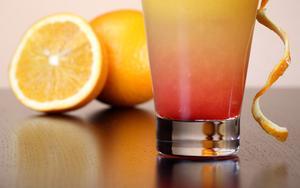 Juice: Centrifugal Vs.  Cold Press