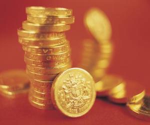 Hvor meget børnebidrag skal jeg betale i Det Forenede Kongerige?