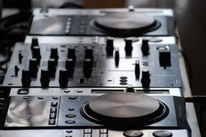 Sådan Set Up Behringer Mixer i Virtual DJ