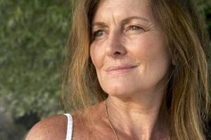Til kvinder frisurer ældre 40 stilfulde