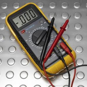 Hvordan til at teste for guld med et ohmmeter