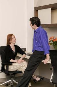 glæde eggerichs online dating verbale og ikke-verbale tegn som giver interesse for dating
