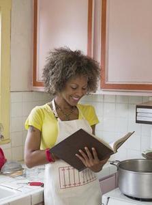 Hvordan til at kigge efter en liste over low-carb fødevarer