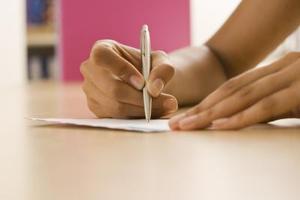 Hvordan man skriver en Pardon Letter for indvandring