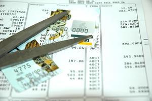 Hvordan man skriver en trængsler brev til kreditkortselskaber