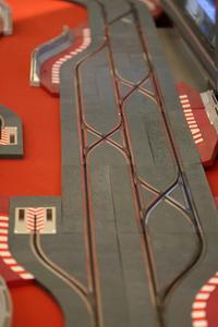 Hvordan man opbygger en Hot Wheels NASCAR Diorama