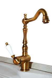 Hvorfor er det vand Turning My Bathroom Sink & Vandhaner Green?