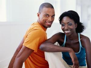 Hvordan man laver en mand føler sig forpligtet til dit forhold
