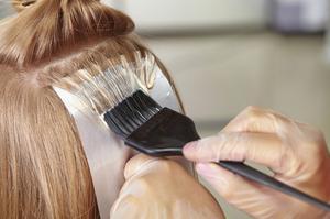 Hvordan at fastsætte Brassy hårfarve fejl