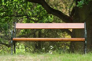 Hvordan man laver en park bænk trin-for-trin