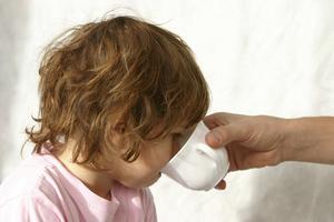 Hvad er årsagerne til opkastning hos børn?