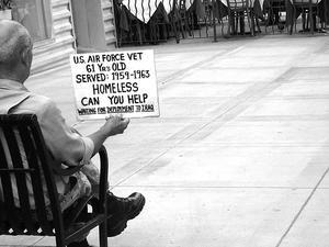Er tab af arbejdspladser Årsag Hjemløshed?