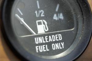 Hvordan kan man øge brændstof kilometertal Brug Acetone