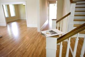 Sådan Decorate en foyer med en trappe