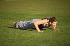 Hvilke muskler betyder push-up arbejde?