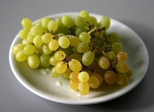 Hvor mange druer bør jeg spise for at tabe?