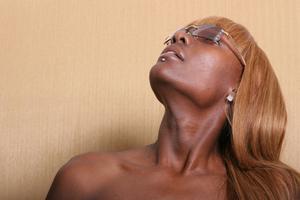 Produkter til genopbyggende kinky hår