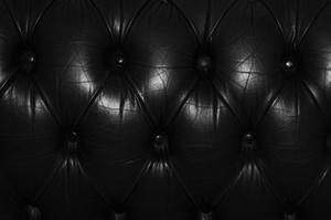 Udsmykning ideer til sort lædermøbler