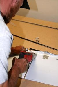 De bedste værktøjer til skæring 20-gauge metalplade