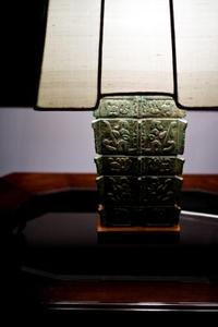 Hvordan at reparere en venetiansk Lamp Shade