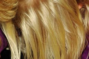 Hvordan til Perm bleget hår