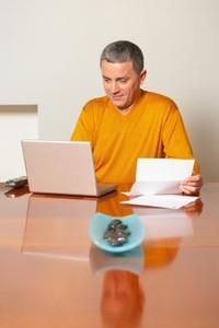 Hvordan man skriver en forretningsplan brev beder om en donation