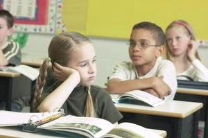 Hvordan skal man behandle med usikre børn