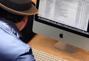 Hvordan kan man øge den Tekststørrelse permanent på iMac