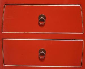 Hvordan at genfremstille en Wooden Dresser