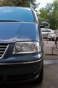 Hvordan du udskifter en Honda Odyssey Forlygte