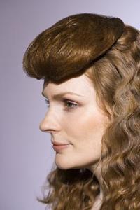 1940'erne frisurer med pandehår