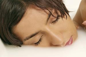 Er det sikkert at tage et varmt bad, mens gravid?