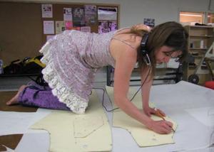 Hvordan til at designe tøj og tegne mønstre
