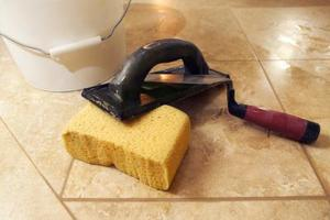 Hvordan at reparere en marmor gulv crack